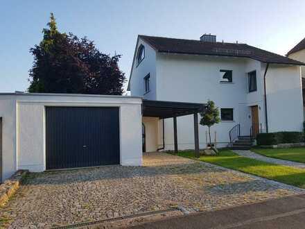 Erstbezug nach Sanierung: schöne 2,5-Zimmer-Erdgeschosswohnung mit Balkon in Dettelbach
