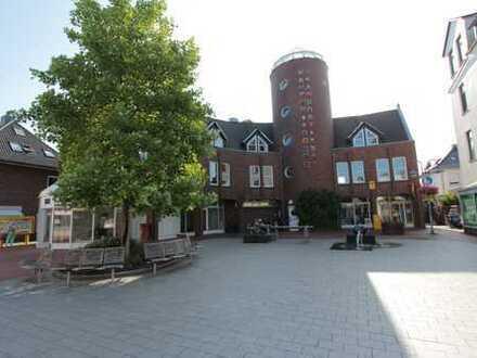 Fußgängerzone - Renovierte 2-Zimmer Wohnung mit Einbauküche und Balkon