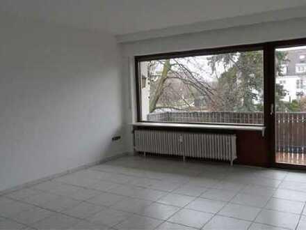 Helle, sonnige und ruhige 3-Zimmer-Wohnung mit Balkon in Karlsruhe
