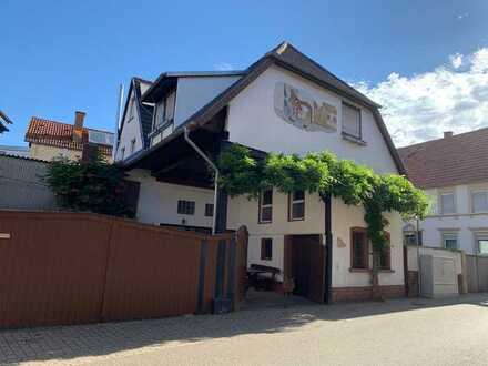 Außergewöhnliche Maisonettewohnung in Insheim bei Landau/Onlinebesichtigung möglich!