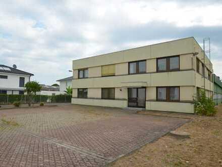 Multifunktionale Büro- und Hallenfläche in Kenzingen