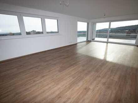 Besondere und anspruchsvolle 3,5 Zimmer Wohnung mit sagenhafter Dachterrasse in toller Lage