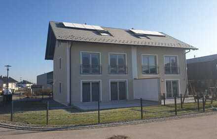 Neubau-DHH mit Garten, Erstbezug, gehobene Ausstattung, mit ausgebautem DG (Studio)