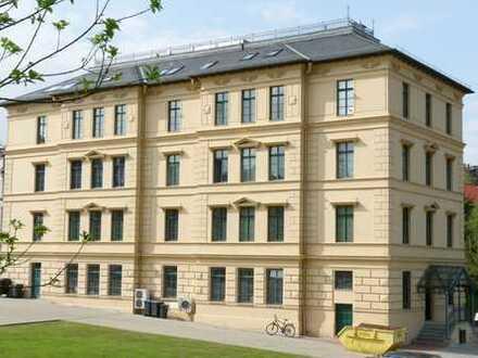 Stilvolle Gewerberäume als Büro oder Praxis im 1.OG im Zentrum von Altenburg