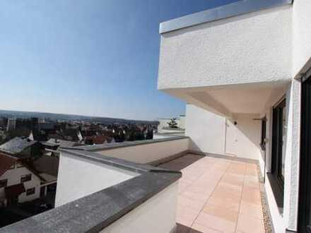 Penthouse with gorgeous views, brand new builtin Kitchen and Garage