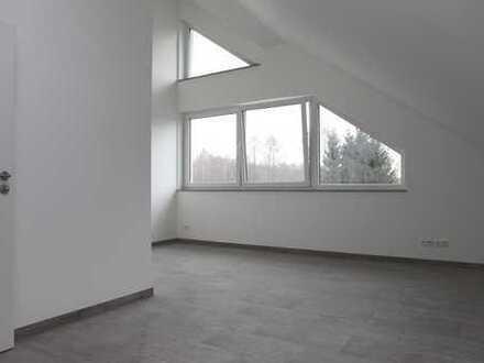 Ein Spaziergang zum See! Moderne Dachgeschosswohnung in Wernsdorf