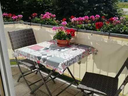 Ansprechende 3,5-Zimmer-Maisonette-Wohnung mit Balkon in Buch am Buchrain