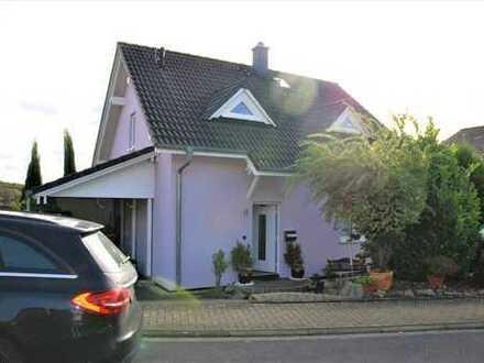 WohnSache ***Einfamilienhaus aus 2007. Beliebte Wohngegend. Familienfreundlich. Zentrumsnah.***