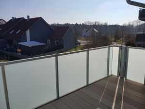 Hochwertige 3-Zimmer-Mietwohnung mit Balkon in 97526 Sennfeld bei Schweinfurt