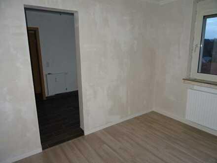 Erschwingliche, vollständig renovierte Wohnung mit Balkon in Hemer
