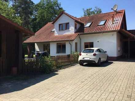 3-Zimmer-EG-Wohnung mit Einbauküche, Carport und großen Garten in Müden