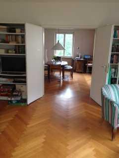 Stilvolle, gepflegte 4-Zimmer-Wohnung mit Balkon und Einbauküche in Stuttgart-Süd