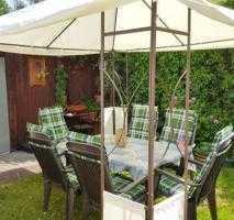 Helles möbliertes 20 qm WG-Zimmer mit Garten - sehr verkehrsgünstig