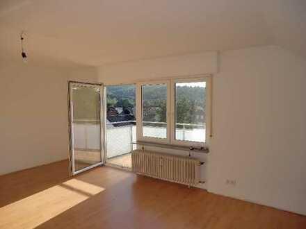 Provisionsfrei, 3-Zimmer-Wohnung mit Balkon u. Stellplatz