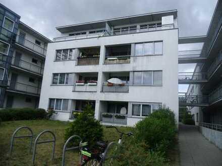 Große 2 Zimmer-Whg. in Marienfelde mit WBS