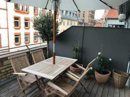 Terrassenwohnung (ca. 30 qm) über zwei Etagen Kompletausstattung zur Vollmiete (Internet, TV,..)