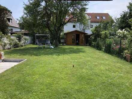 Schöne Doppelhaushälfte mit sonnigem Südgarten