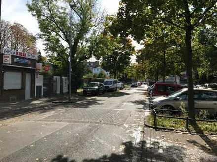 Nippes -- Wohnung WG-Mitbewohner gesucht
