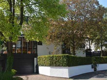 REDUZIERTER KAUFPREIS! Extravagantes Wohnhaus mit Wintergarten - Kamin - Sauna - Whirlpool