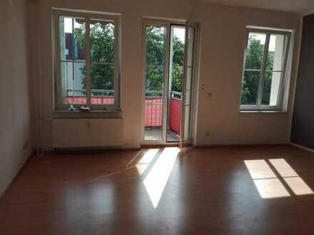 Baumschulenweg - Moderne 3 Zimmerwohnung - Wannenbad (Fenster) - Balkon - EBK - 1.049 € warm