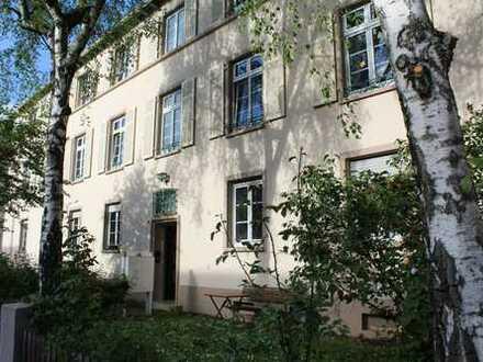 Provisionsfrei: Schöne Altbauwohnung mit vielen Extras in gesuchter Lage von Heidelberg-Neuenheim
