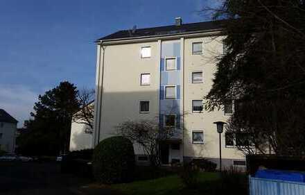 Tolle, Helle 2 Zimmerwohnung mit Balkon in Quettingen