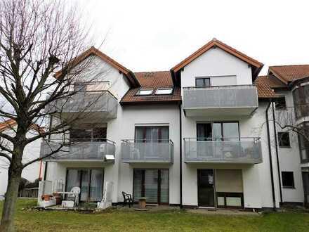 Gepflegte 2 Zi.-EG Wohnung, Terrasse, TG-STP, sympathische Wohnlage!