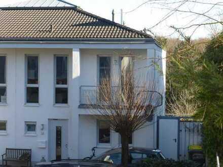 Helles, geräumiges Haus im grünen Siebengebirge