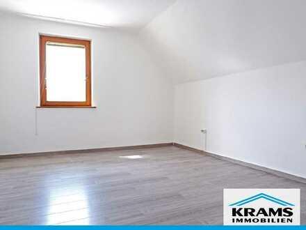 Ruhig und zentral! 3,5 Dachgeschosswohnung in kleiner Wohneinheit