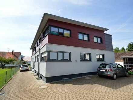 Elegante 3-Zi.-Whg. mit genialem Panoramablick in bevorzugter Wohnlage (an max. 2 Pers./NR)