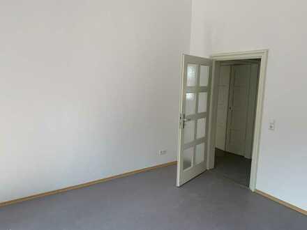 Vollständig renovierte 3-Zimmer-Wohnung mit Loggia in Bruchsal