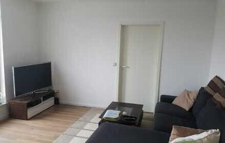 Stilvolle 2-Zimmer-Wohnung mit 28m² Dachterrasse und EBK in Hürth