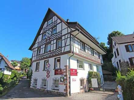Sasbachwalden: 5 Familienwohnhaus im Ortskern