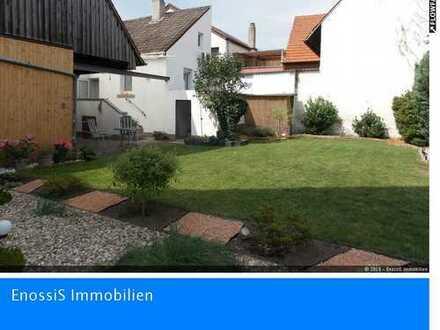 Karlsdorf:Schönes gepflegtes Einfamilienhaus, teilsaniert+idyllischer Garten+Hof+Scheune+Keller