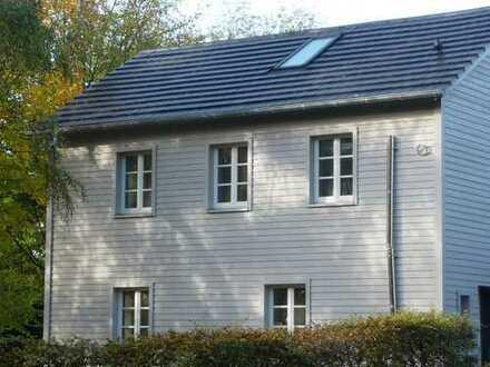 """""""New England Style"""" in der südlichen Gartenstadt mit Wohlfühlatmosphäre !!!"""