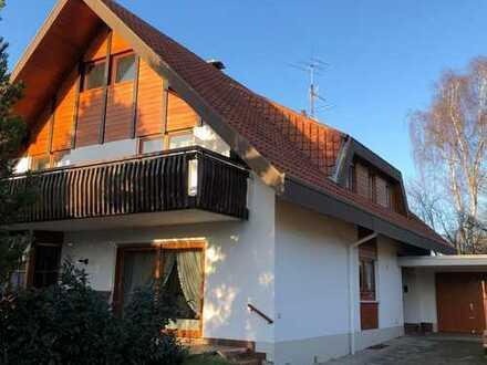 Freistehendes, sonnenverwöhntes Einfamilienhaus in ruhiger Lage