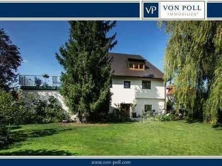 Walmdach-Stadtvilla in absolut bevorzugter Wohnlage
