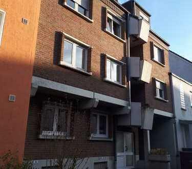 Zentrumsnahe 3-Zimmer Erdgeschosswohnung mit Balkon