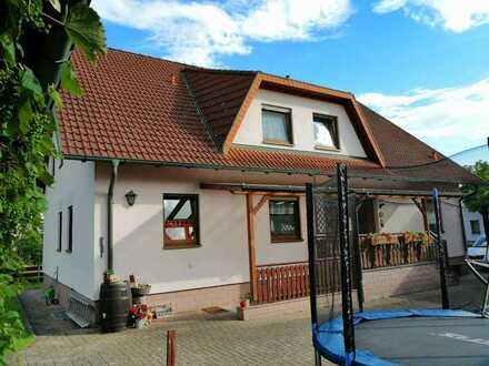 Helle 4-Zimmer-Wohnung in ruhiger Siedlung von Nüdlingen