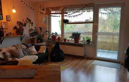 gemütliche 3-Zimmer-Whg. mit Balkon und EBK in Gonsenheim