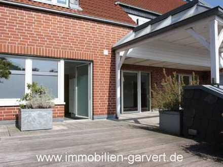 WG-Wohnen für Ü-50er! Große Wohnung im 1. OG mit Loggia am Ortszentrum von Borken zu vermieten