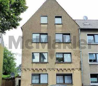 Citynah! Gepflegtes Mehrfamilienhaus in Spielstraße als Renditeobjekt + 5 gut vermietete WE + Garage