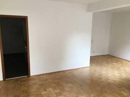 Schöne, geräumige ein Zimmer Wohnung in Braunschweig, Innenstadt