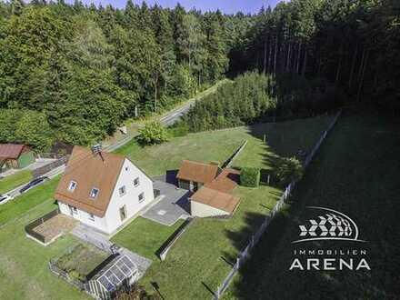 Für Naturliebhaber und Handwerker! EFH am Waldrand mit 1870 m² Grund, Keller, Garage, frei!