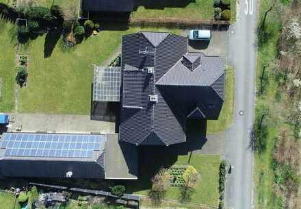 Wunderschönes Zweifamilienhaus mit großem Garten in ruhiger Lage mit Biogasversorgung