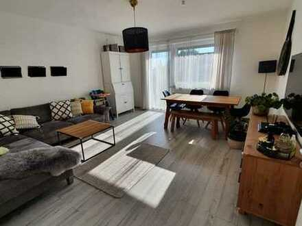 PRIVAT / Helle 3-Zimmer-Wohnung in Haunstetten mit Westbalkon