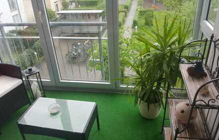Schönes WG Zimmer in großer Wohnung im Rieselfeld