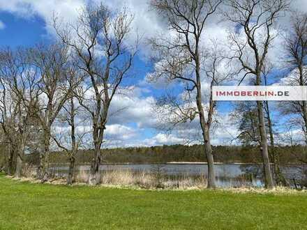 IMMOBERLIN.DE - Faszinierendes Bauland und Wassergrundstück in naturschöner Lage