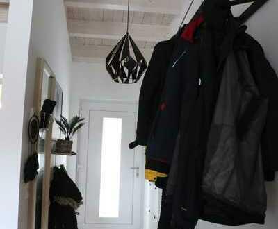 Neuwertig: Penthouse-Wohnung (2-Zimmer) mit Dachterrasse und Blick ins Grüne