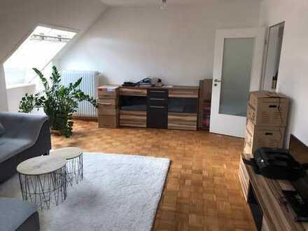 DAH-Röhrmoos S2, helle schöne bezahlbare 3 Zi-Whg + Wohnküche, im 3 Familienhaus mit Gartennutzung